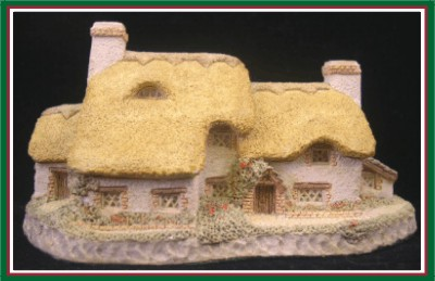 David Winter Cottages - Yeomans Farmhouse  - 1985 - Retired