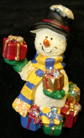 Holiday Pin - Snowman with Gifts