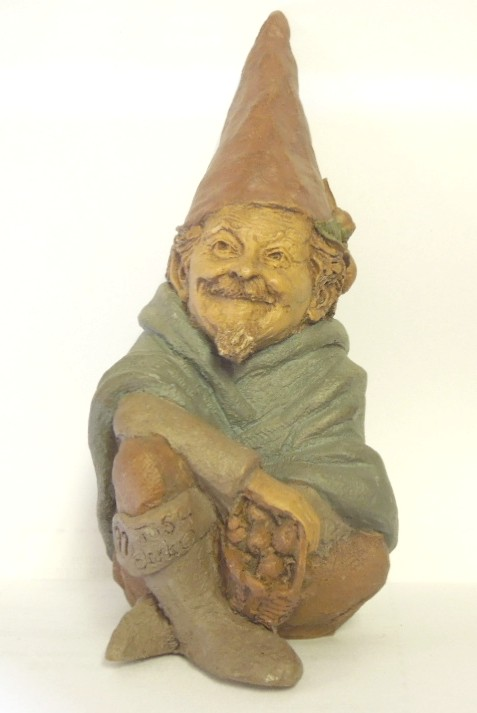 Josh - Tom Clark Gnome - Storyteller - #0082 - Ed. #97 - Retired