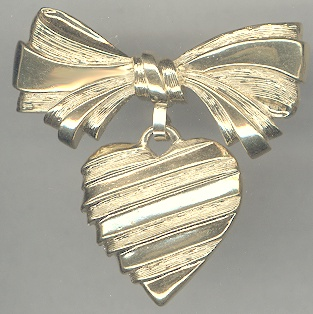 Vintage Avon Gold Tone Heart Bow Pin Engraved I Love You Grandmother