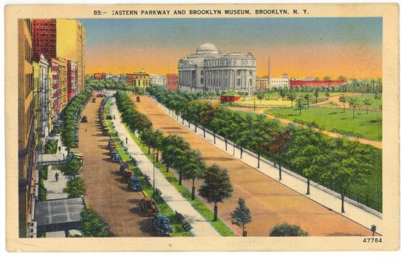 Linen Postcard Brooklyn Museum on Eastern Parkway, NY